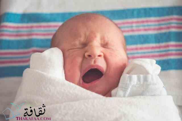 اهم مراحل النمو للطفل الرضيع في الشهر الاول-موقع ثقافة.كوم مراحل نمو الاطفال تطورات نمو الاطفال النمو لدي الاطفال مراحل نمو الطفل